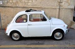 Fiat blanc 500 Images libres de droits