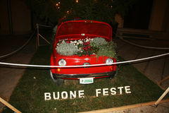 Fiat 500 fleurs Images libres de droits