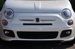 Fiat novo 500 em um negócio Fotografia de Stock