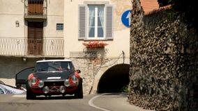 Fiat 124 spindelBergamo historisk grand prix 2017 Royaltyfria Foton