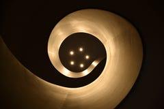 Fibonacci spiraalvormige staricase die omhoog eruit zien Stock Foto
