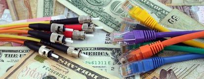 Fibra - cabos óticos da rede de V Imagem de Stock Royalty Free