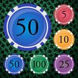Fichas de póker coloreadas fijadas stock de ilustración