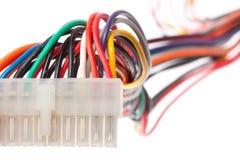 Fiche électrique avec les câbles colorés Photo libre de droits