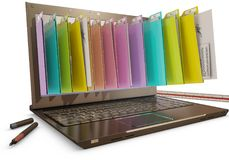 Fichero en la base de datos - ordenador portátil con las carpetas Imágenes de archivo libres de regalías