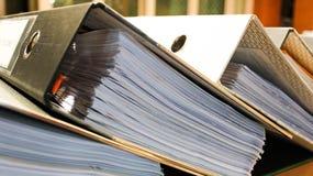 Ficheros del arco que contienen las paginaciones de documentos fotos de archivo libres de regalías