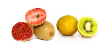 Fichi della fragola del kiwi del limone isolati Fotografia Stock