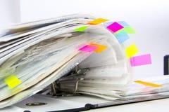 Fichiers dans les dépliants de bureau Photographie stock libre de droits