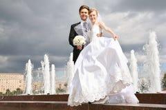 Fidanzato e la sposa immagini stock