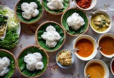 Fideos tailandeses del arroz de los tallarines de arroz de la comida Imágenes de archivo libres de regalías