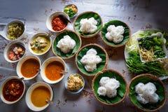 Fideos tailandeses del arroz de los tallarines de arroz de la comida Imagenes de archivo