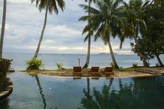 Fidschi-Poolsidereflexion Stockfoto