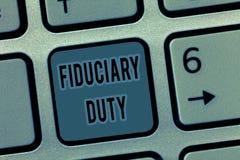 Fiduciary arbetsuppgift för handskrifttext Begrepp som betyder lagligt åtagande för A att agera i största vikt av annan royaltyfri bild