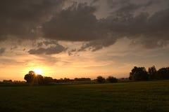 field заход солнца Стоковое Изображение RF