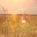field flickan Fotografering för Bildbyråer