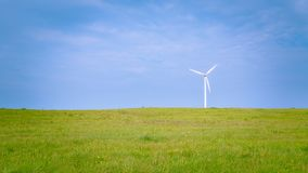 field green turbines wind Arkivbilder
