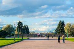 The Field von Mars oder von Marsovo Polye - großer Park in der Mitte von St Petersburg, Russland Lizenzfreie Stockfotografie