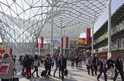 Fiera Milano, durante Salone del Mobile justo en Milán fotografía de archivo libre de regalías