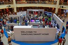 Fiera promozionale aggressiva di Samsung in Asia per la loro ultima serie di prodotti domestica ASTUTA Immagini Stock Libere da Diritti
