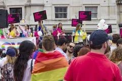 Fierté dans le défilé gai de Londres Photo stock