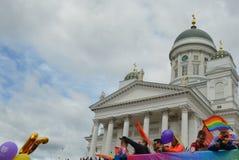 Fierté 2019 de Helsinki - rassemblement de foule dans la place de sénat images libres de droits
