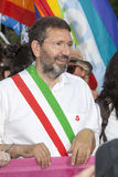 Fierté de Rome 2015 - Pride Italy gai - le maire de Rome Marino au début du défilé Photo libre de droits