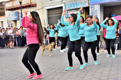Fiesta de aniversario para la unidad educativa en Otavalo, Ecuador Imagenes de archivo