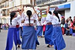 Fiesta de aniversario para la unidad educativa en Otavalo, Ecuador Fotos de archivo
