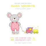 Fiesta de bienvenida al bebé o tarjeta de llegada - muchacha del ratón del bebé Imagenes de archivo