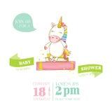 Fiesta de bienvenida al bebé o tarjeta de llegada - bebé Unicorn Girl Imagenes de archivo
