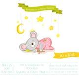 Fiesta de bienvenida al bebé o tarjeta de llegada - muchacha del ratón del bebé Imagen de archivo libre de regalías