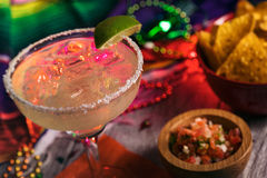 Free Fiesta: Delicious Margarita On The Rocks With Salt On Rim Royalty Free Stock Image - 89519306