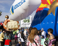 Fiesta-Schüssel-Parade 2012 großes Inflatables Lizenzfreies Stockfoto