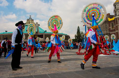 Fiestapatronal San Juan Diego Cuauhtlatoatzin i Mexico - stad Arkivfoto