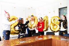 Fiestas en la oficina del Año Nuevo 2018 Fotos de archivo