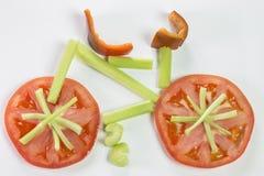 Fiets met groenten wordt gemaakt die Royalty-vrije Stock Foto