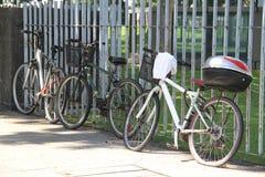 fietsen het rusten Royalty-vrije Stock Afbeeldingen
