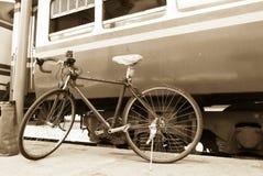 Fietsen in Station Royalty-vrije Stock Foto's