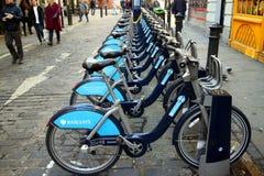 fietsen voor huur Stock Afbeeldingen