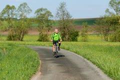 fietser stock afbeeldingen