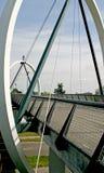 Fietser en voetviaduct Stock Afbeelding
