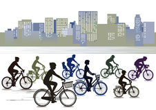Fietsers die in de stad biking royalty-vrije illustratie