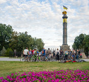 Fietsers in Poltava Stock Foto