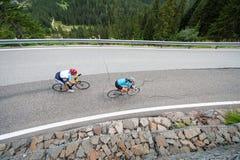 Fietsers van de hemel - bergaf roadbike Stock Fotografie