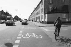 Fietsweg in Kopenhagen Royalty-vrije Stock Afbeeldingen