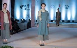 Fifteenth serii młodości mody przedstawienie Fotografia Royalty Free