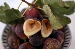 Fig. in een Kom stock afbeelding
