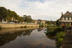 Figeac y río de Le Cele Foto de archivo