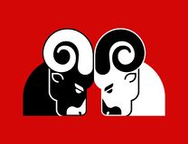 Free Fighting Rams Sign Icon. Ram Head Fights. Horned Sheep. Farm Animal Royalty Free Stock Photography - 131976497