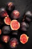 Figi na czerń łupku obrazy stock